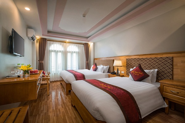golden-town-sapa-family-room.jpg